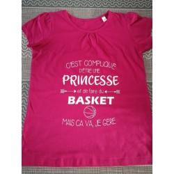 "Tee-shirt ""princesse et..."